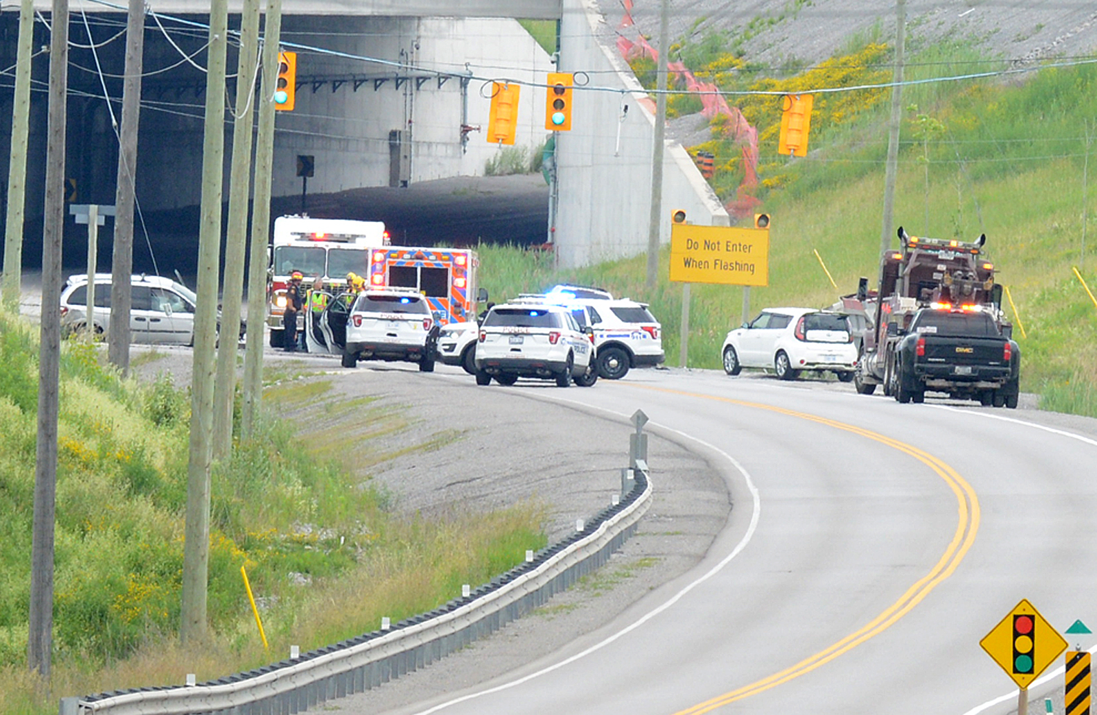 Two hurt in serious collision crash at intersection at